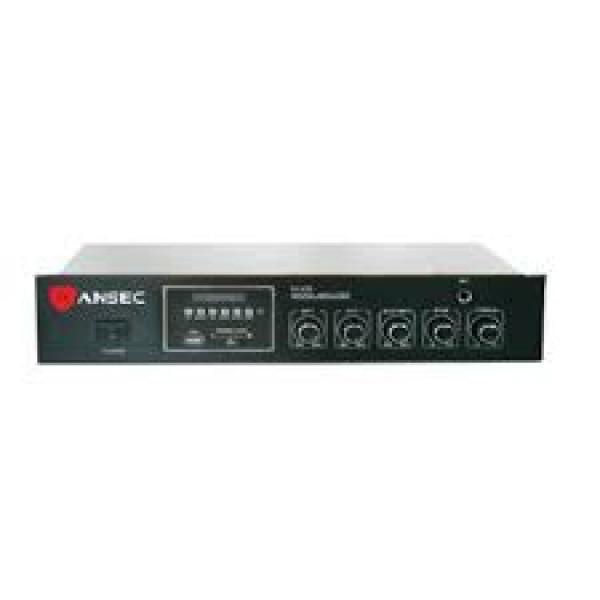AMP 650 Pojaealo sa FM prijemnikom i USB ulazom